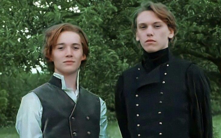 Who is Harry Potter Star Toby Regbo Dating? Learn About His Relationship